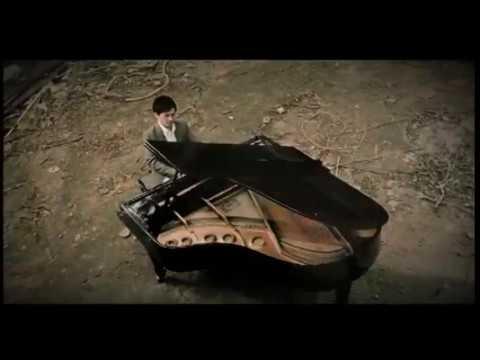 陳冠宇,蔡淳佳 - 左右為難  (官方完整版MV)