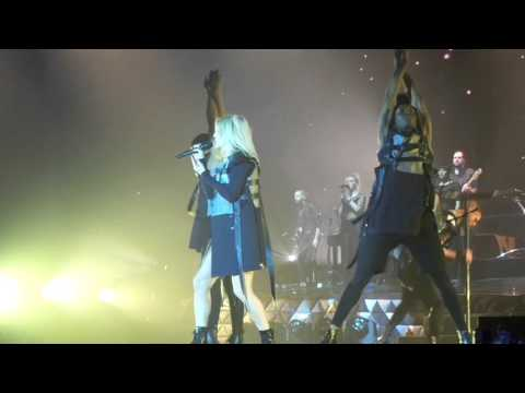 Ellie Goulding - Intro, Aftertaste, Holding On For Life (Live 28.02.2016 in Zurich)