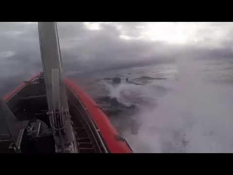 Захват подводной лодки с наркотиками