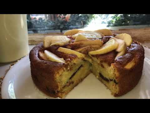 gâteau-aux-pommes-moelleux-et-ultra-rapide-(كيكة-التفاح-بحشوة-رهيبة-تذوب-في-الفم-)