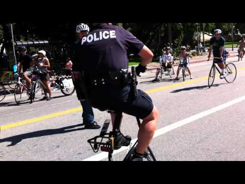 the-new-lapd-pursuit-bike,-strida-5.0-sx-limited.-ciclavia-10-10-10-los-angeles