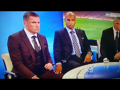 JAMIE CARRAGHER SPITS AT GIRL THATS OBSCENE THAT IS (FUNNY)