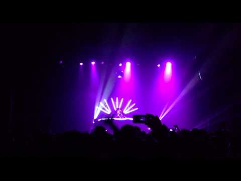 Totally Enormous Extinct Dinosaurs - Your Love - Live at The Fonda, Hollywood - 12.19.12