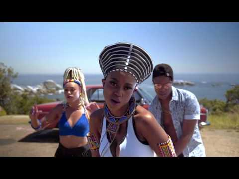 DJ Speedsta & Moozlie   Don't Panic Official Music Video