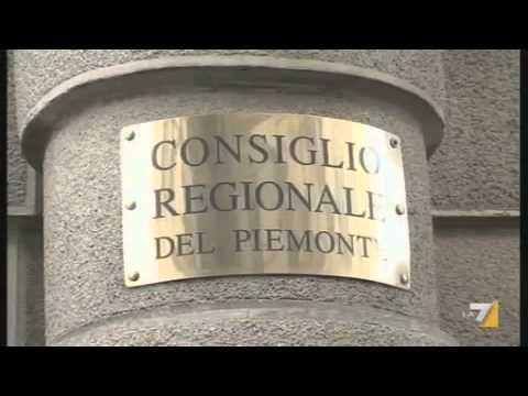Insulti, bagarre in Regione Piemonte Parapiglia tra consiglieri durante dibattito in Aula