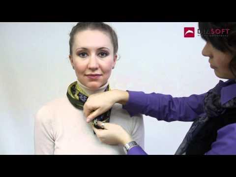 Как завязать маленький платок на шее разными способами видео