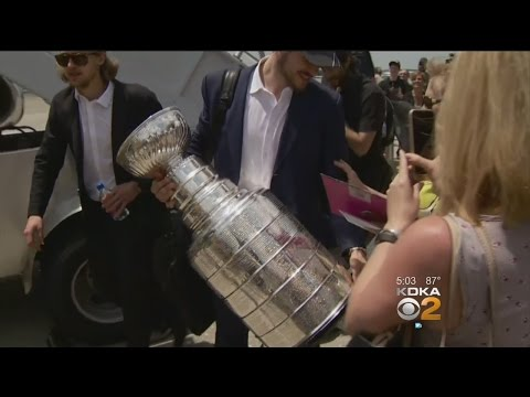 Penguins Arrive In Pittsburgh After Winning Stanley Cup
