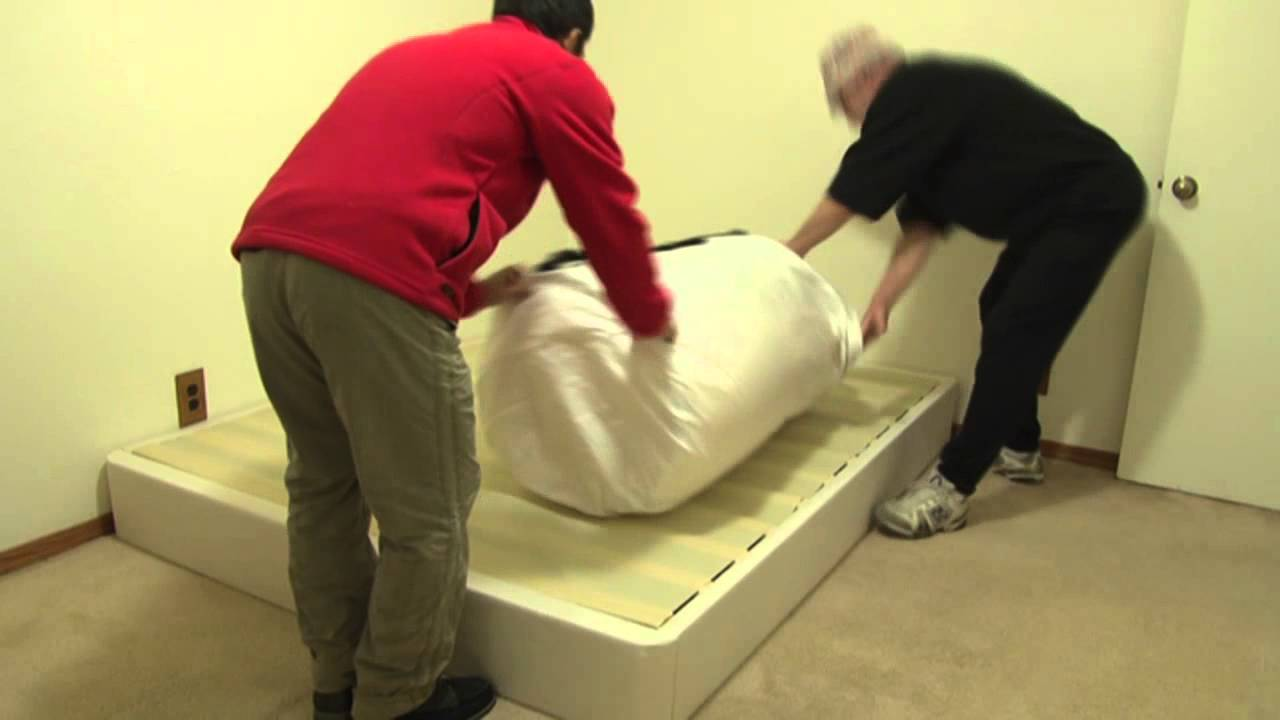 Queen Sized Memory Foam Mattress Bed in a Box Unboxed - YouTube