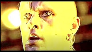 The Prodigy - Firestarter (HD) LIVE @ T in The Park 2005