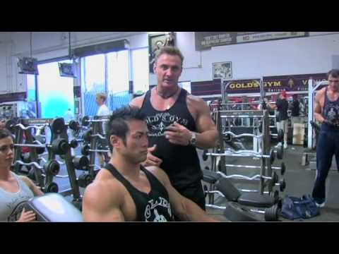 Instructional Fitness - Incline Dumbbell Bench Press