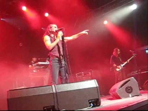 A DENTI STRETTI - Litfiba live Losanna Reunion tour 2010