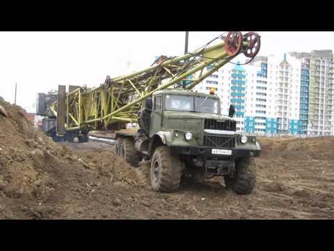 КрАЗ-255, перевозка башенных кранов
