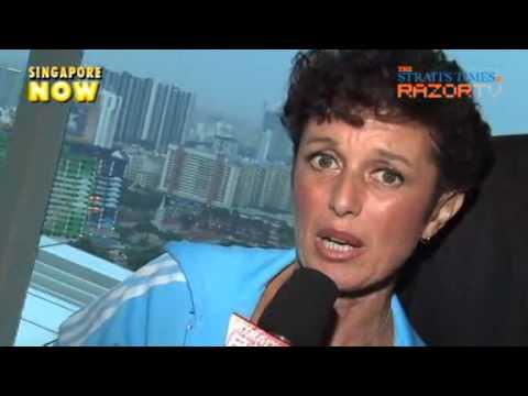 Elisabetta Franzoso - Stella\'s Mum Book by Razor Tv