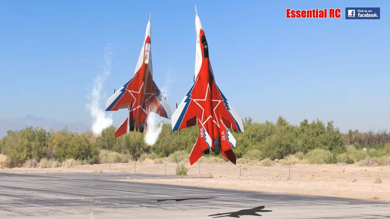 FANTASTIC Russian Mikoyan MiG-29 FORMATION PAIR/DUO with OVT ...