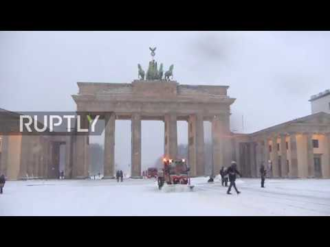 Germany: Dozens of car accidents reported as snowfall shrouds Berlin