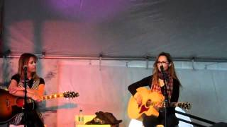 """Chely Wright sings """"Like Me"""" at 30A Songwriters Festival"""