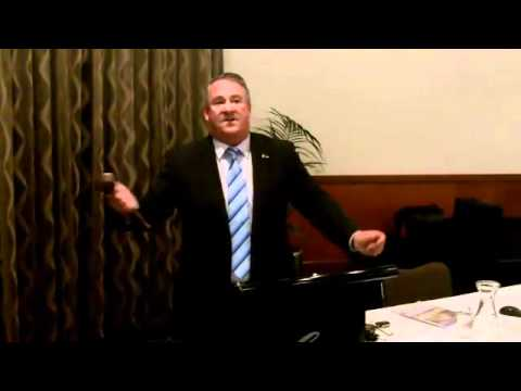 In Room Auctions With Jonathon Moore Property Auctioneer Adelaide