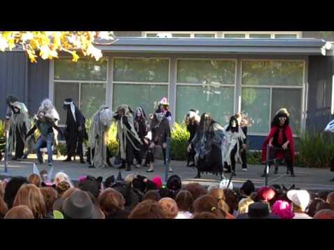 Saint Mark's School. Thriller. Halloween 2009