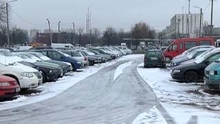 Konfiskuoti girtų vairuotojų automobiliai nebetelpa aikštelėse