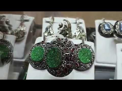 Ювелирная выставка Сокровища Петербурга. Авторское серебро с камнями