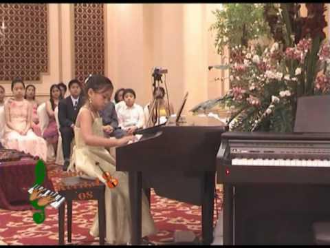 PIANO RECITAL KIARMIE CELINE ABELLA  2008  - I'VE BEEN  WISHIN ROCK IT AWAY