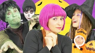 Halloween Song for Kids   Finger Family   Spooky Halloween Song   By Debbie Doo thumbnail