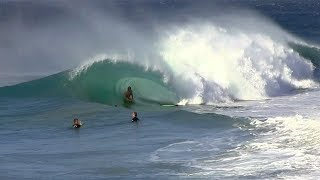 CRAZY WINDS make EPIC waves at The WEDGE ! - RAW Footage