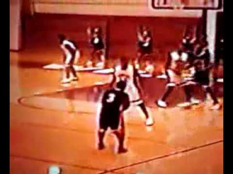 Robert Bush dunking again at Thornton High School