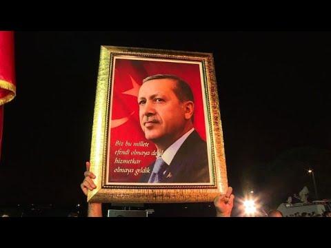 Turquie: Erdogan réélu pour un mandat aux pouvoirs renforcés