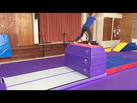 'Build A Vault' - My Home Gymnastics 3 Section Vault In Use By Young Gymnasts