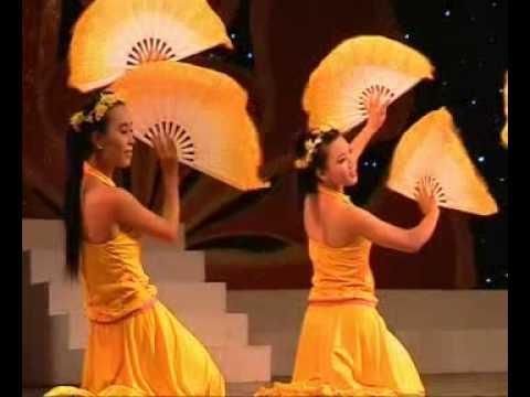 Việt Nam Gấm Hoa-Giai Điệu Tuổi Hồng 2009 (Sóc Trăng).avi