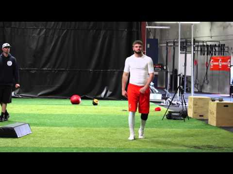Quarterback Throwing Mechanics Training session