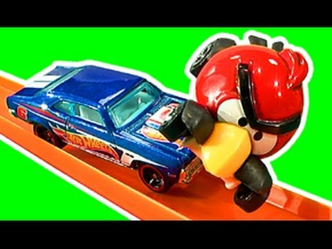 Hot Wheels Angry Birds Vs The Toys Crash & Smash