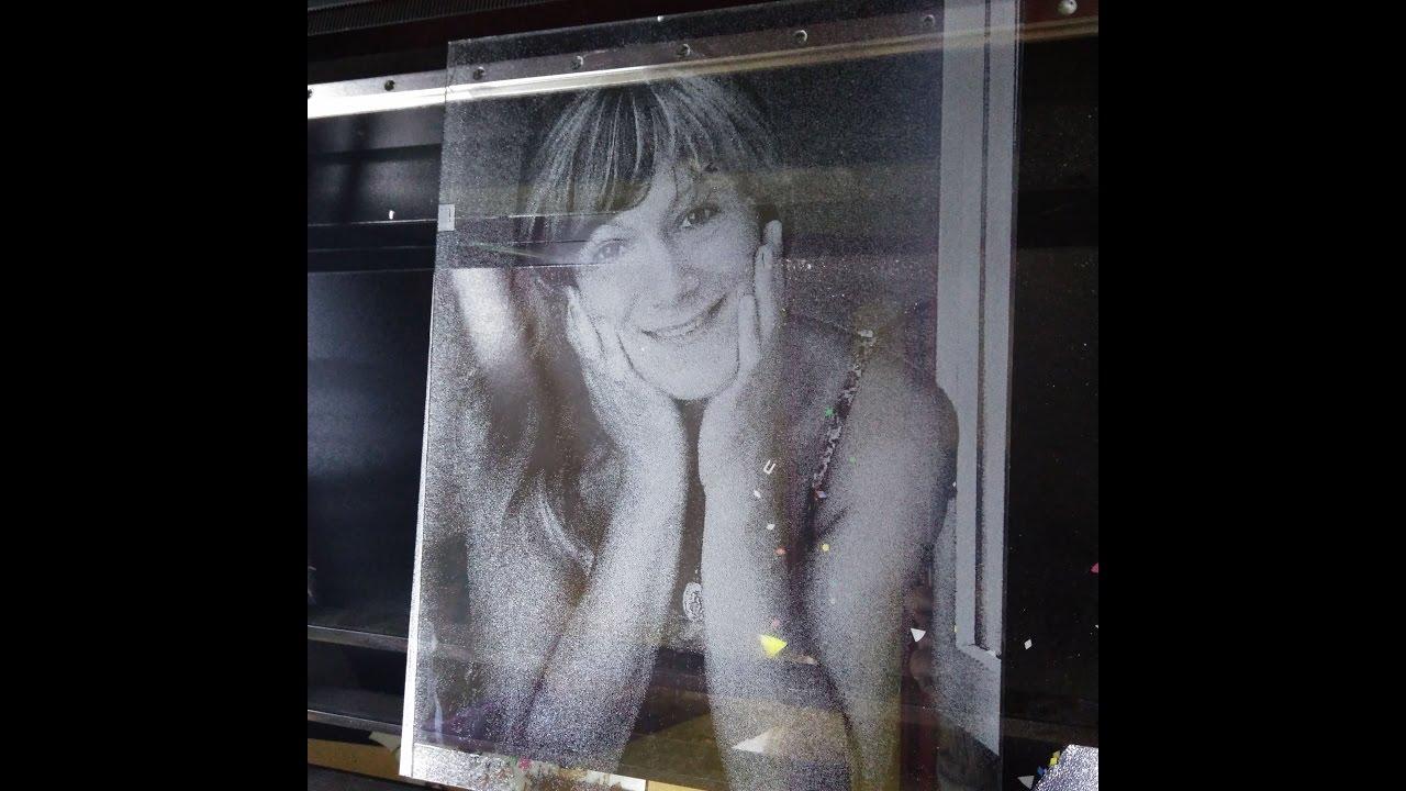 Лазерный гравёр 1290 гравировка фото на стекле хороший заработок и бизнес