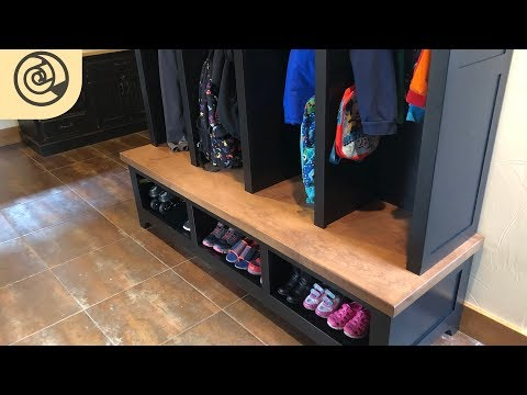 hall-tree-storage-bench