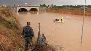 Rescue efforts underway in Alicante as roads are submerged in flood waters