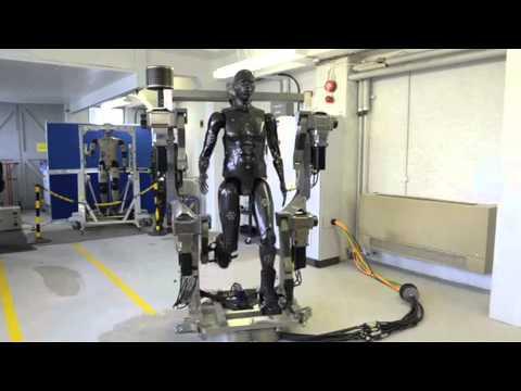 Latest In Defence - Railgun testing; Porton Man; seawater fuel