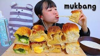 제주 유명 빵집 종류별로 식빵 디저트 먹방 Plain …