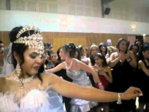 Mariage gitan de victoria et mario youtube - Youtube mariage gitan ...