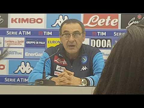 """Conferenza Sarri post Roma: """"Loro sono entrati in area di rigore 8 volte e hanno fatto 4 gol"""""""
