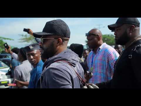 #indundi TV   Fally Ipupa  arrived  at Bujumbura Airport