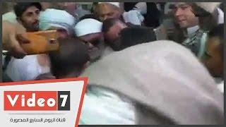 بالفيديو.. شبيه الشيخ الشعراوى يخطف الانظار بمولد السيدة زينب
