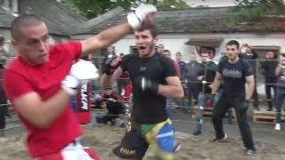 Лучший бой в традициях Дикого запада !!!