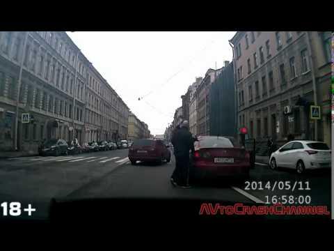 Автомобильные видеорегистраторы, купить в Санкт-Петербурге