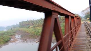 Nilgiri Mountain Railway: Crossing Bhavani river