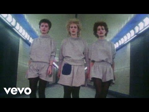 Fun Boy Three - It Ain't What You Do It's The Way That You Do It