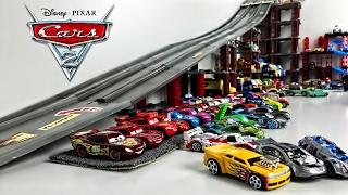 Гоночные машины Тачки 2 - Игры Гонки и Трасса - Disney Cars 2 Racing Set Lightning McQueen
