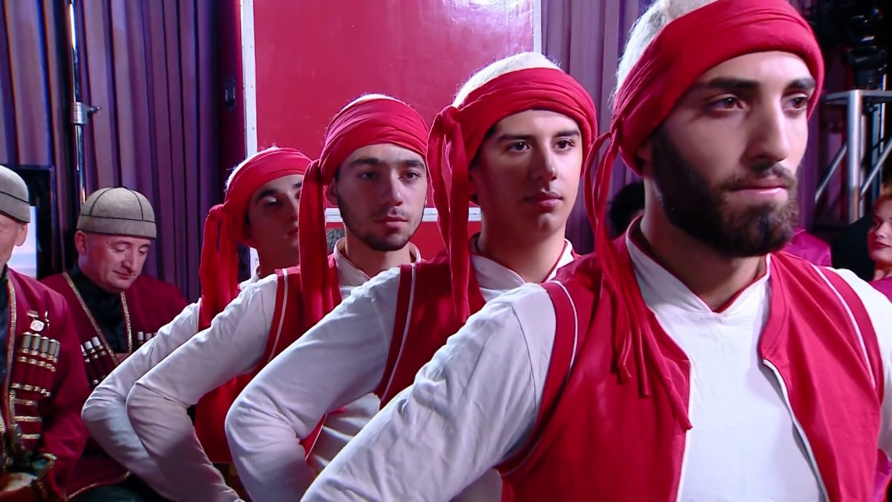 ეზდიხან  იეზიდური ნაციონალური ცეკვების ჯგუფი  ნიჭიერი პირველი გადაცემა
