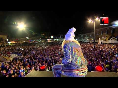 Delia ft UDDI - Ipotecat @ Romanian Music Awards 2014