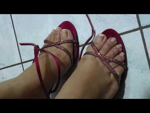 00470 RED STRAPPY SANDALS 1